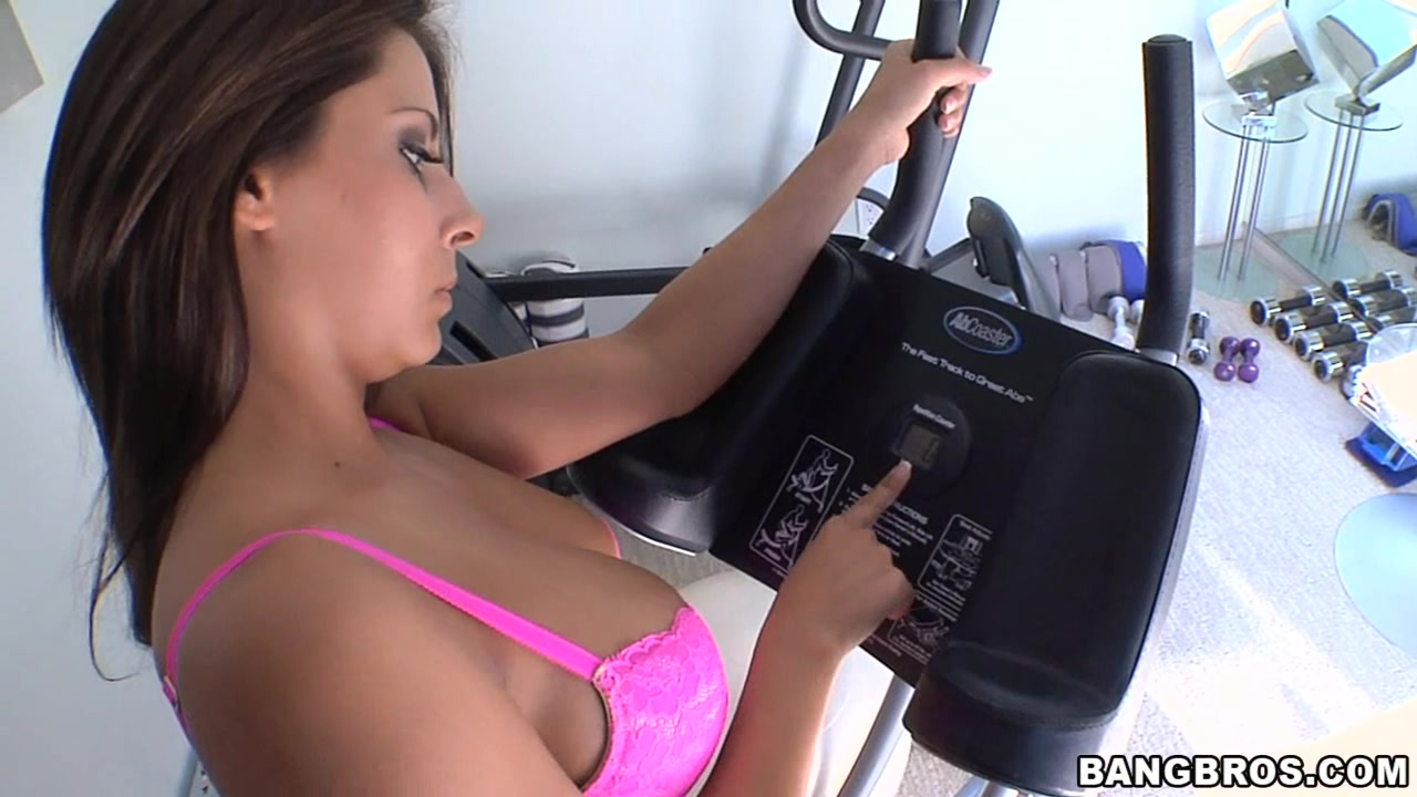 Mobile XXX Video: Beautiful Madison Ivy's hard workout makes her longs for  massage