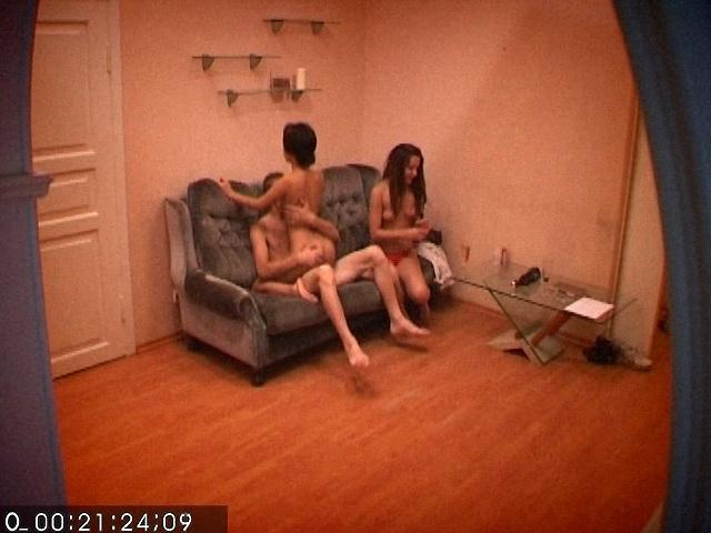 скрытая русской общежитие русское женской в камера порно
